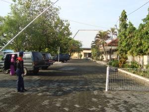 Gerbang utama kampus