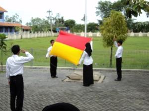 Petugas Pengibar bendera sedang berlatih