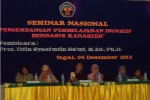 Seminar paralel Ruang 1