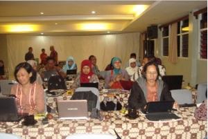 Workshop media pemblajaran berbasis web di Bandungan tanggal 14-15 Februari 2013