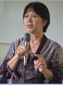 Dra. Dwi Astuti,, M.Pd, sedang menyampaikan materi Peran dan Tugas Dosen Wali di Perguruan Tinggi