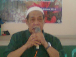 Bapak Abu Salam, BA, sedang memberikan sambutan dan wejangan pada acara Reuni SGO. Terima kasih pak Abu atas kehadirannya ...