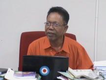 Drs. HY. Poniyo, M.Pd