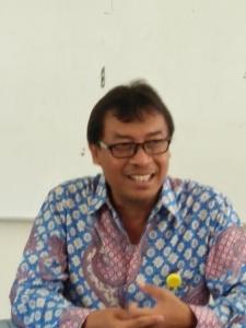 Dr. Edi Purwanto , DrPembantu Dekan FIP unnes.